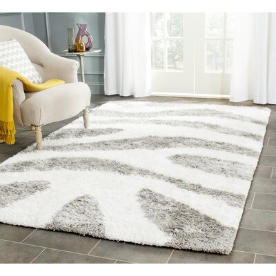 Hempstead Hand-Tufted White/Gray Area Rug Rug Size: 5 x 8