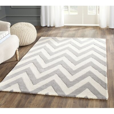 Daveney Hand-Tufted Wool Silver/Ivory Area Rug Rug Size: Rectangle 4 x 6