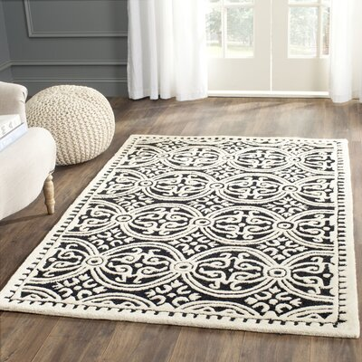 Fairburn Black/Ivory Area Rug Rug Size: Rectangle 4 x 6