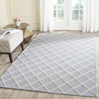 Cambridge Hand-Tufted Wool Gray/Ivory Area Rug Rug Size: Rectangle 4 x 6