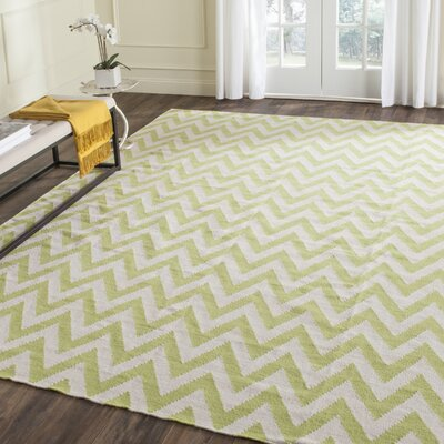 Moves Like Zigzagger Hand-Woven Wool Green/Ivory Area Rug Rug Size: Rectangle 4 x 6