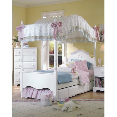 Carolina Cottage Canopy Bed