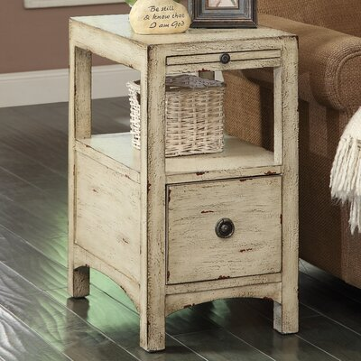 Carolina Preserves End Table Finish: Southern Shores Sand Rub