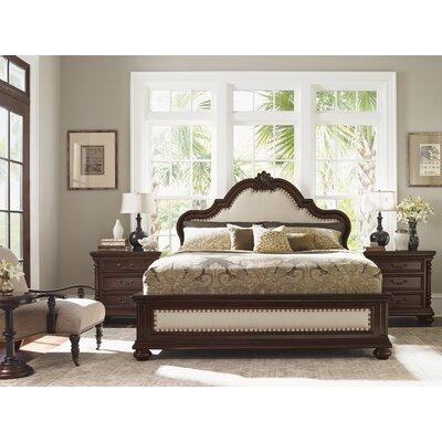 Kilimanjaro Platform Customizable Bedroom Set