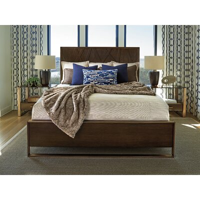 Zavala Radian Platform Bed Size: California King