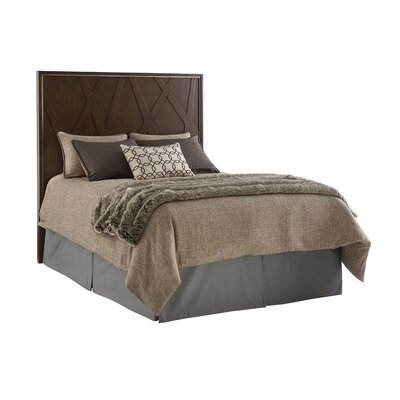 Zavala Radian Panel Headboard Size: Queen