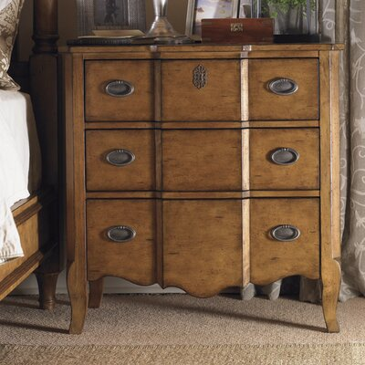Furniture leasing Twilight Bay 3 Drawer Nightstand Fi...