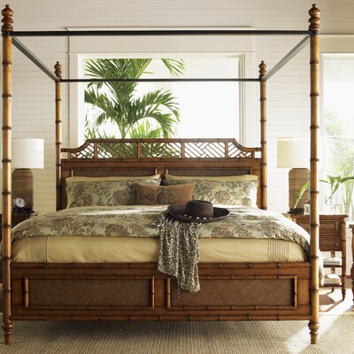 Island Estates Canopy Bed Size: Queen