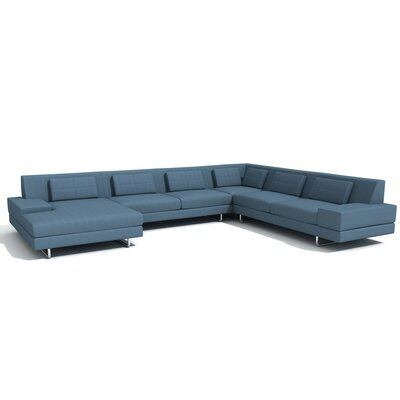 Hamlin Corner Sectional with Chaise Orientation: Left Hand Facing, Upholstery: Sea Blue