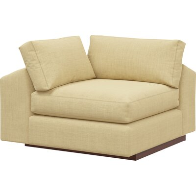 Jackson Sectional Body Fabric: Marlow Parrot, Leg Finish: Espresso
