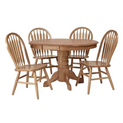 Sandalwood Extendable Dining Table Finish: Medium Oak
