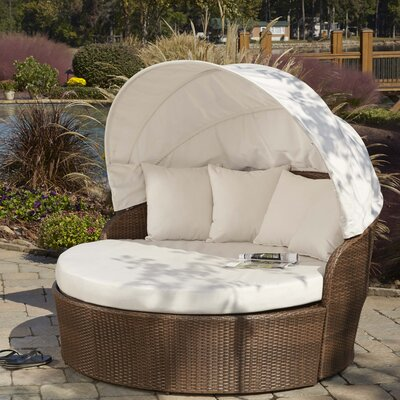 Key Biscayne Daybed with Cushions Fabric: Foster Metallic