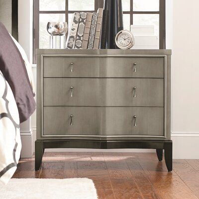 Bonif�cio 3 Drawer Wood Nightstand