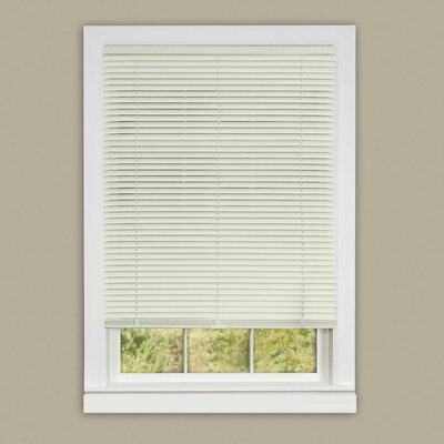 Deluxe Sundown Cordless Room Darkening Venetian Blind Size:  27 W x 64 L, Color: White