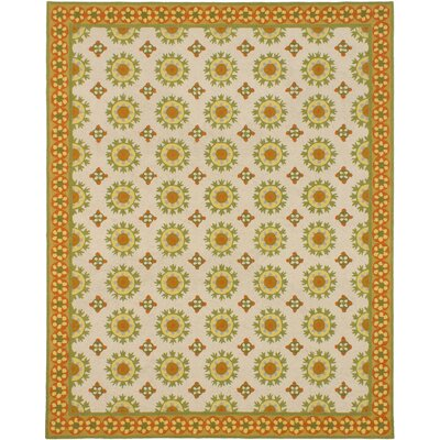 Samarkand Ivory/Light Green Open Field Area Rug