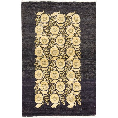 Peshawar Ziegler Hand-Knotted Black/Yellow Area Rug Rug Size: 4 x 6