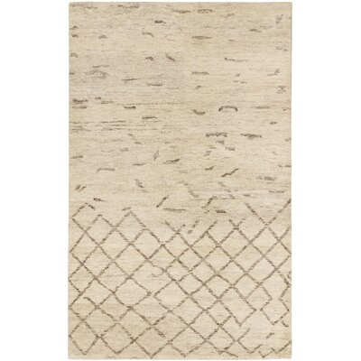Royal Maroc Hand-Knotted Cream Area Rug