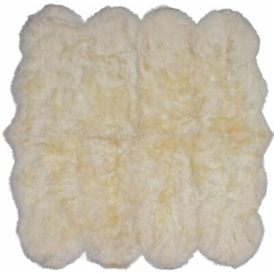 Luxurious Hand Woven Sheepskin Ivory Area Rug Rug Size: Novelty 52 x 62