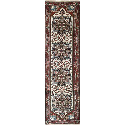 Serapi Heritage Hand-Knotted Beige/Brown Area Rug