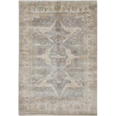 Royal Ushak Hand-Knotted Gray/Beige Area Rug