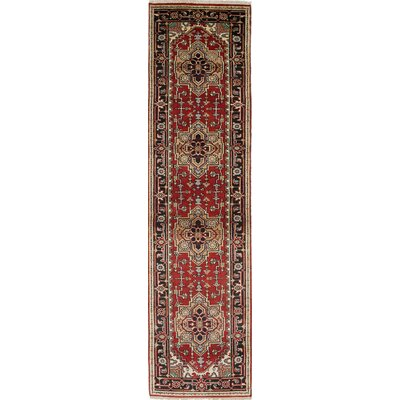 Serapi Heritage Hand-Knotted Black/Red Area Rug