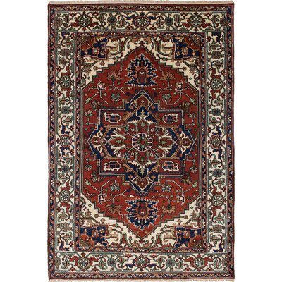 Serapi Heritage Hand-Knotted Cream/Red Area Rug