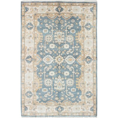 Royal Ushak Hand-Woven Cream/Light Turquoise Area Rug