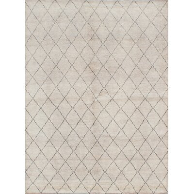 Bridgewater Hand-Knotted Beige/Gray Area Rug