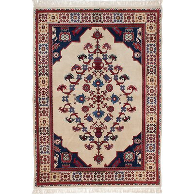 Royal Kashan Hand-Knotted Beige/Red Area Rug