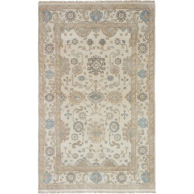 Royal Ushak Hand-Knotted Cream Area Rug Rug Size: 57 x 91