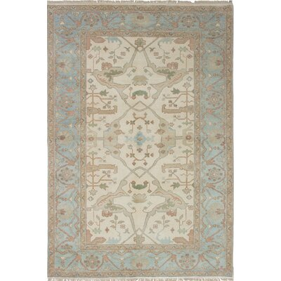 Royal Ushak Hand-Knotted Ivory/Light Blue Area Rug
