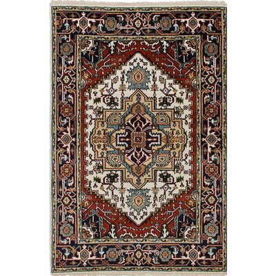 Serapi Heritage Wool Hand-Knotted Cream/Red Area Rug