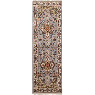 Larsen Hand-Knotted Runner Light Gray Area Rug