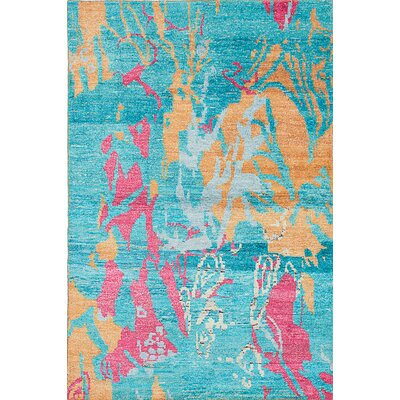 Dennise Hand-Knotted Baby Blue Area Rug