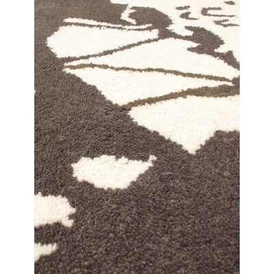 Danville Hand Tufted Cream/Emerald Green Area Rug