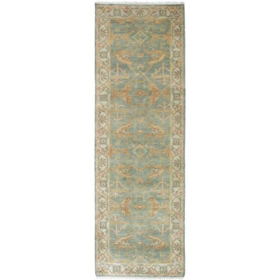Li Hand Knotted Wool Light Green Area Rug