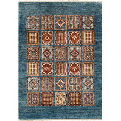 Max Hand Knotted Wool Light Denim Blue Area Rug