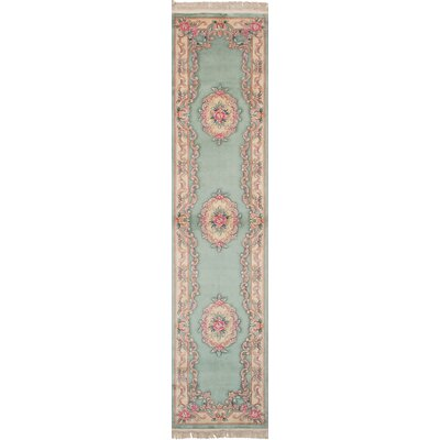 Link Hand Knotted Wool Light Green Area Rug
