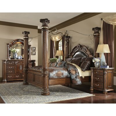 Monte Carlo II Canopy Customizable Bedroom Set