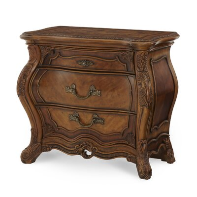 Palais Royale 3 Drawer Bachelors Chest