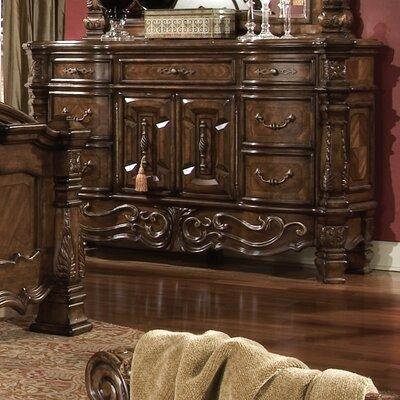 Windsor Court 7 Drawer Dresser