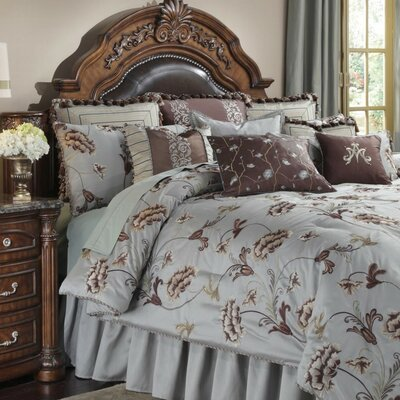 Enchanment Ensemble 12 Piece Reversible Comforter Set Size: King