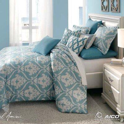 Tucscon Reversible Comforter Set Size: Queen