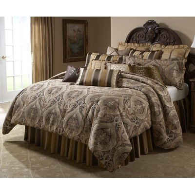 Lucerne Reversible Comforter Set Size: Queen