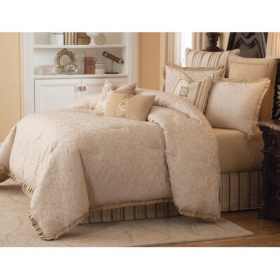 Carlton Reversible Comforter Set Size: King