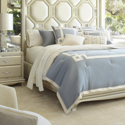 Brookfield Reversible Comforter Set Size: Queen
