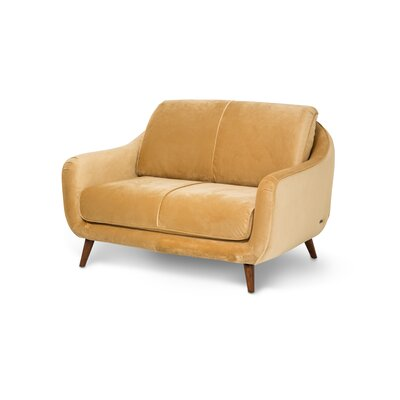 Studio Brussels Love Seat