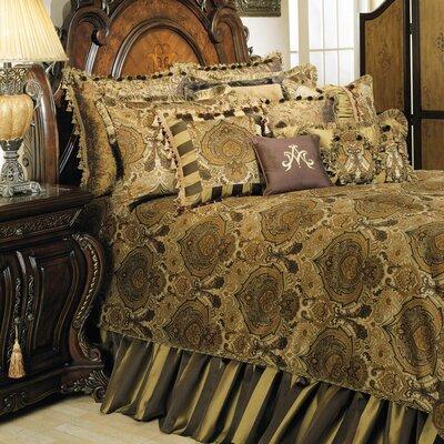 Pontevedra Reversible Comforter Set Size: Queen