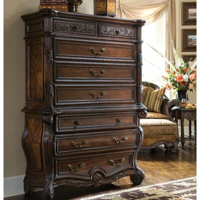 Essex Manor 8 Drawer Chest