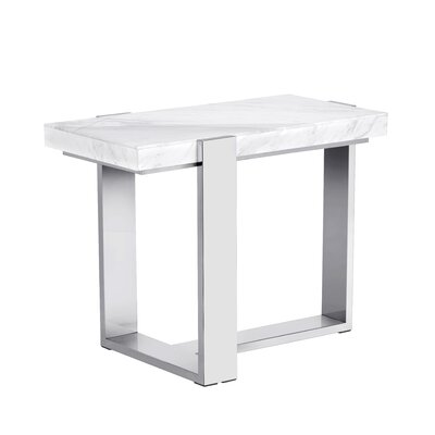 Club Tribecca End Table
